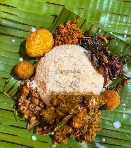 Indulging in a lump of rice- Five places to find the best Lamprais